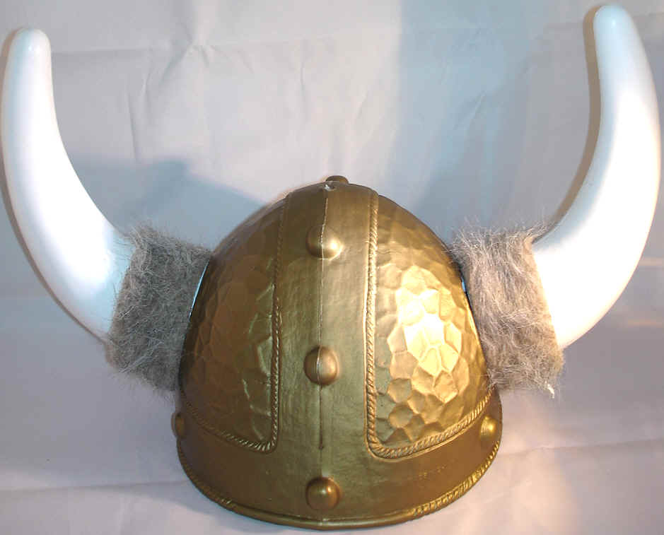 Deluxe Nordic Helmet with Horns and Fur